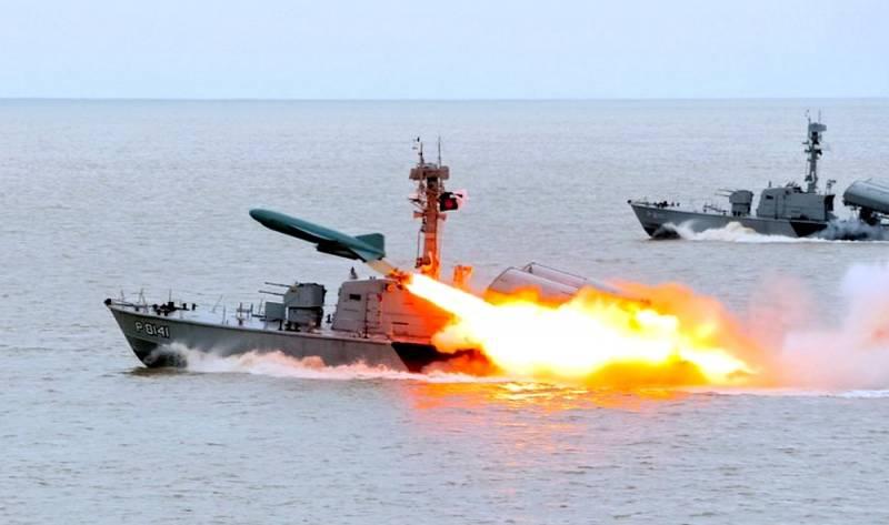 10 лет назад России грозила потеря Черного моря