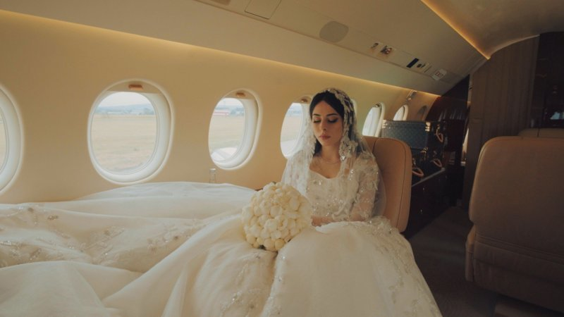 Вот так свадьба! Частный самолет из Грозного и невеста в платье по баснословной цене