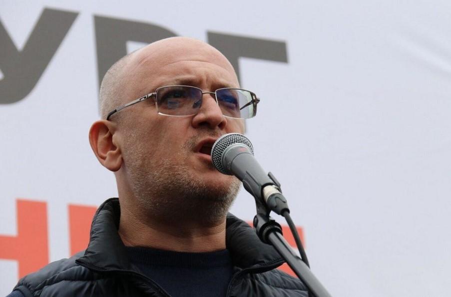 Депутата ЗакСа Резника волнует здоровье вице-губернатора Соколова, а не своей супруги