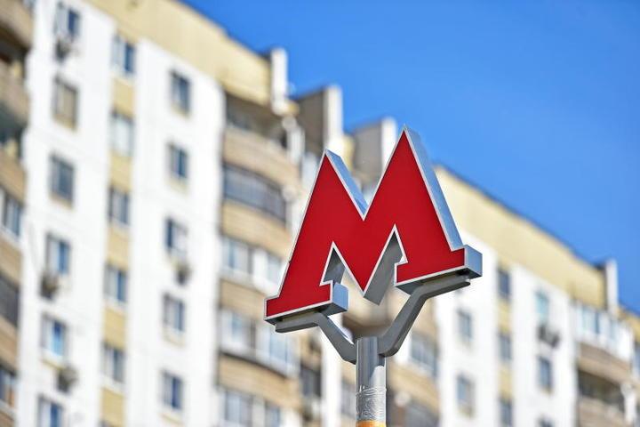 Инцидент с пассажиром метро привел ко временной остановке поездов