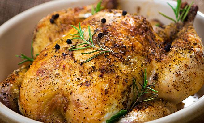 Хитрости, которые сделают запеченую курицу шедевром