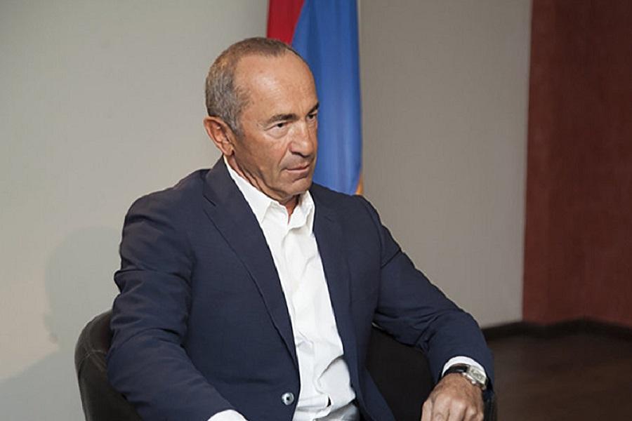 Роберт Кочарян вскрыл личину новой власти Армении
