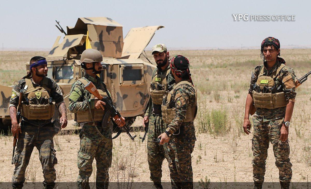 Гениальный ход Москвы: Курды выходят из-под контроля США и готовятся к удару по Идлибу вместе с САА