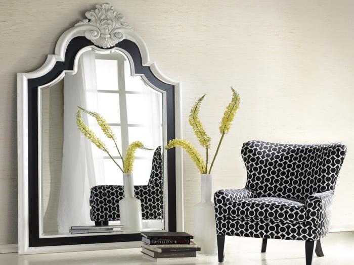 Как оживить интерьер при помощи зеркал на стенах