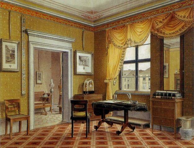Обязательно приобретите письменный стол из натуральной древесины