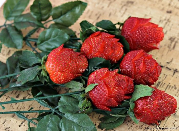 Strawberry-roses (700x514, 281Kb)