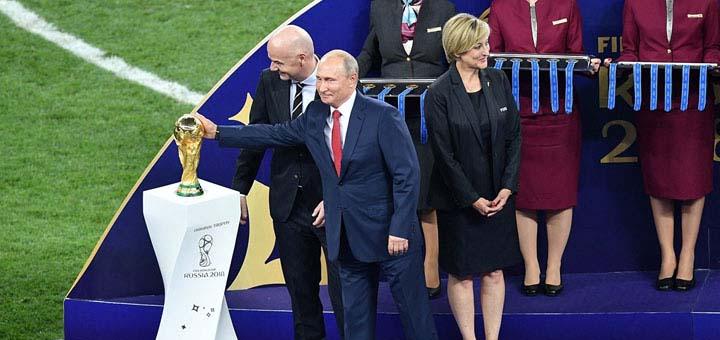 Западные СМИ извиняются перед русскими за клевету. Чего ждать дальше