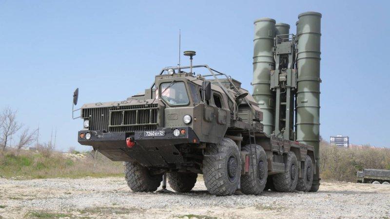 Третий дивизион ЗРК С-400 «Триумф» заступил на боевое дежурство в Крыму