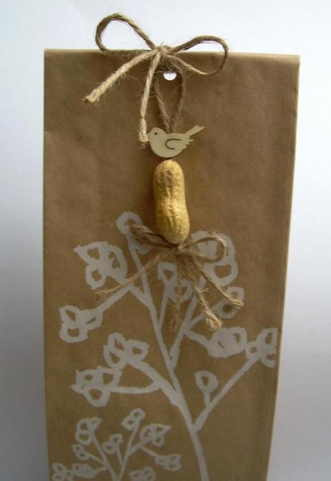 Фисташки и грецкие орешки для упаковки новогодних подарков (2) (481x700, 151Kb)