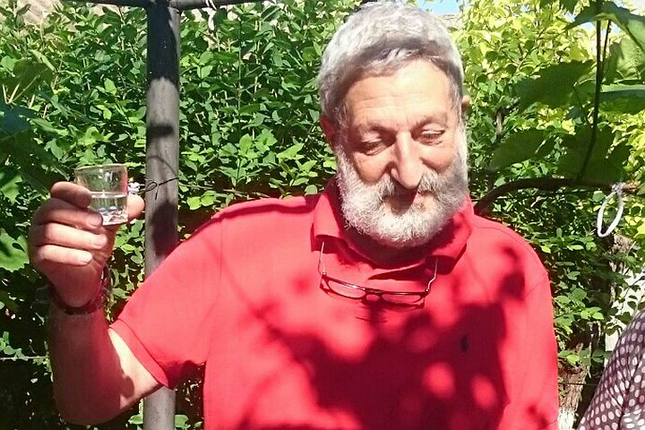 В Коктебеле Любовь Полищук лузгала семечки, а Валентин Катаев остужал в колодце шампанское