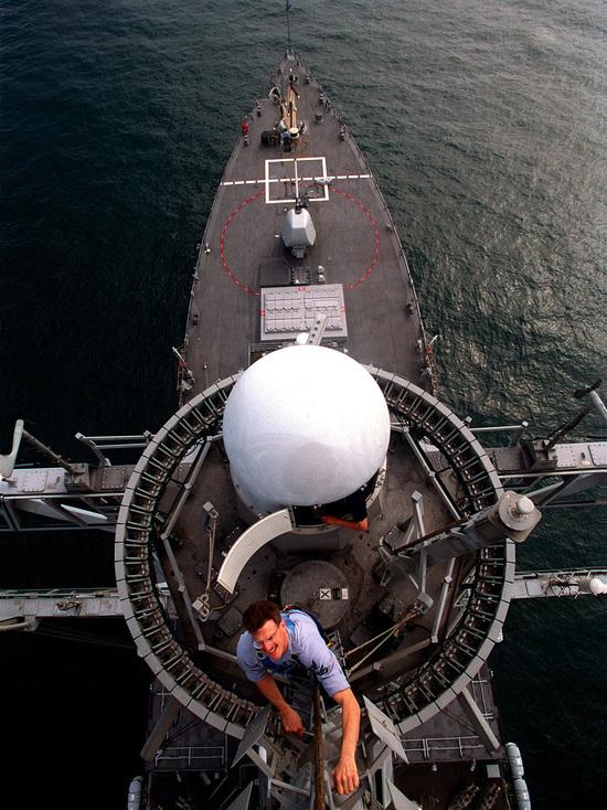 """""""Укрепляют всеобщий мир и стабильность"""": ВМС США объяснили цель вхождения двух эсминцев в Черное море"""