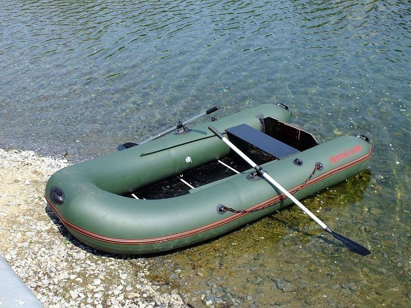 В России создана надувная лодка с противопульной защитой