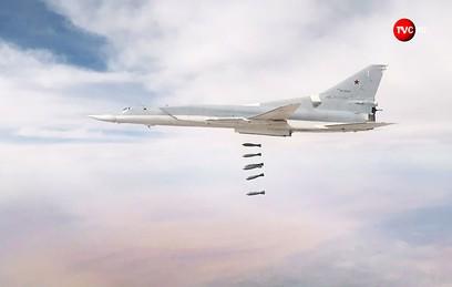 Бомбардировщики Ту-22М3 атаковали объекты ИГ в районе Абу-Кемаля