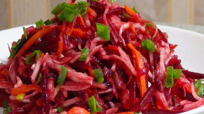 Хрустящий салат, который не оставит вас равнодушными: масса витаминов и вкуса