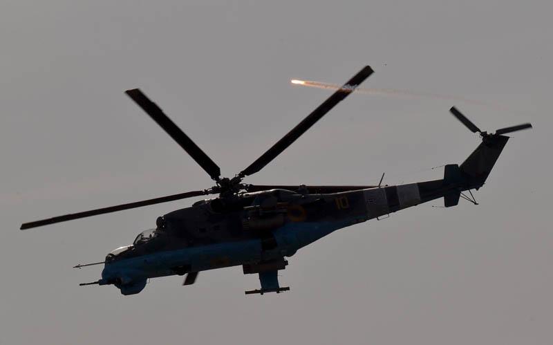 Mi-24-N10 yellow-006