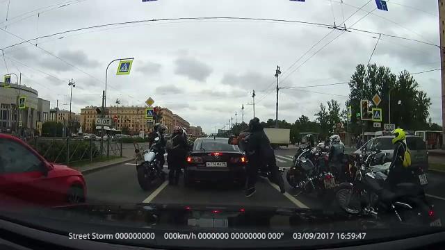 Разборки на Московском проспекте, Санкт-Петербург