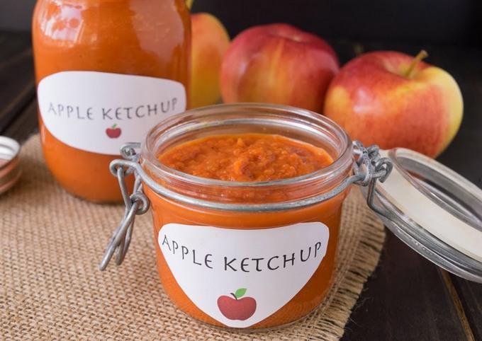 Домашний кетчуп с яблоками и травами