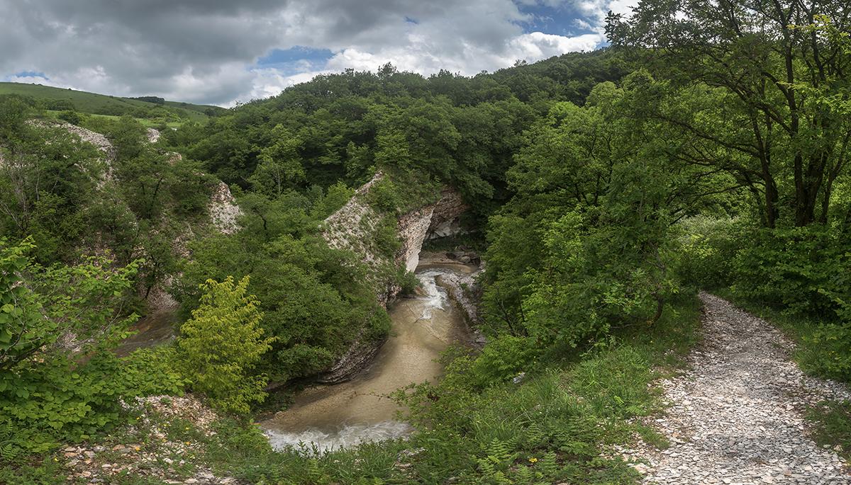 Джеганасское ущелье: путешествие в страну лип, меда и водопадов