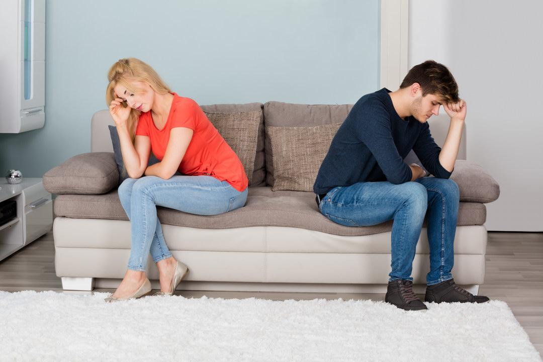 Дважды прощала мужу измену, пока сама не завела любовника. Стоит ли сохранять такие отношения? У нас не семья, а фарс.