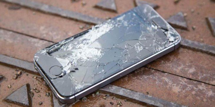 Новый вид мошенничества — выманивание денег за разбитый смартфон