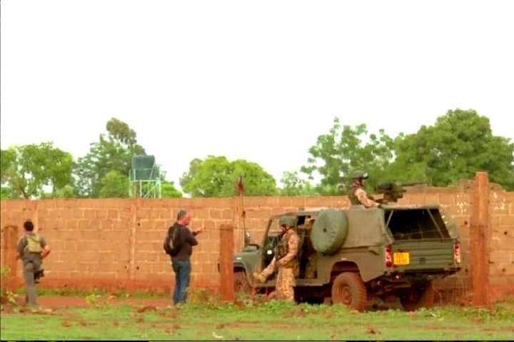 В пригороде Мали спецслужбы освободили 32 заложников террористов