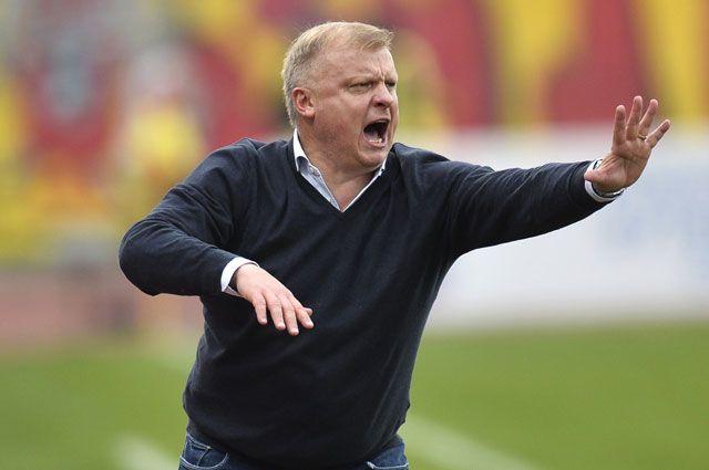 Драчун Кирьяков, мерзкие расисты и ноль интереса. Наш футбол вернулся домой