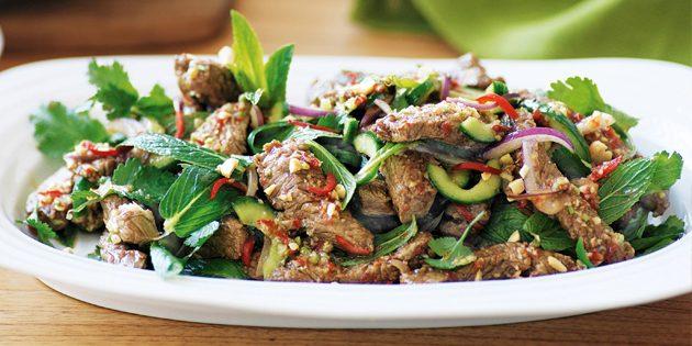 Салат с говядиной по-тайски