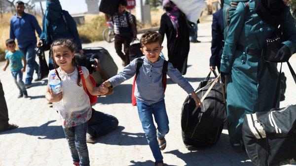 Правозащитники зовут сирийцев домой