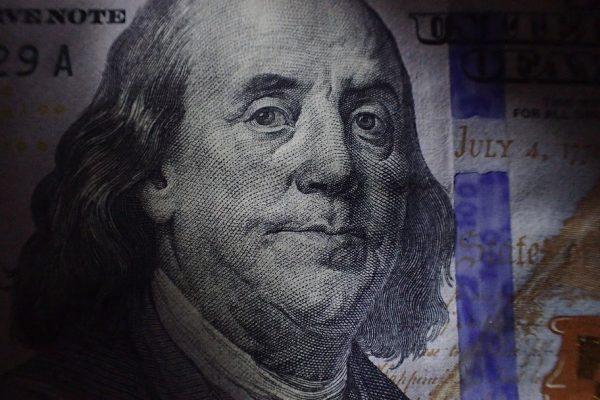 Бизнес хочет выгодных сделок, несмотря на санкции: Россия и Британия готовы перейти на расчёты в нацвалютах