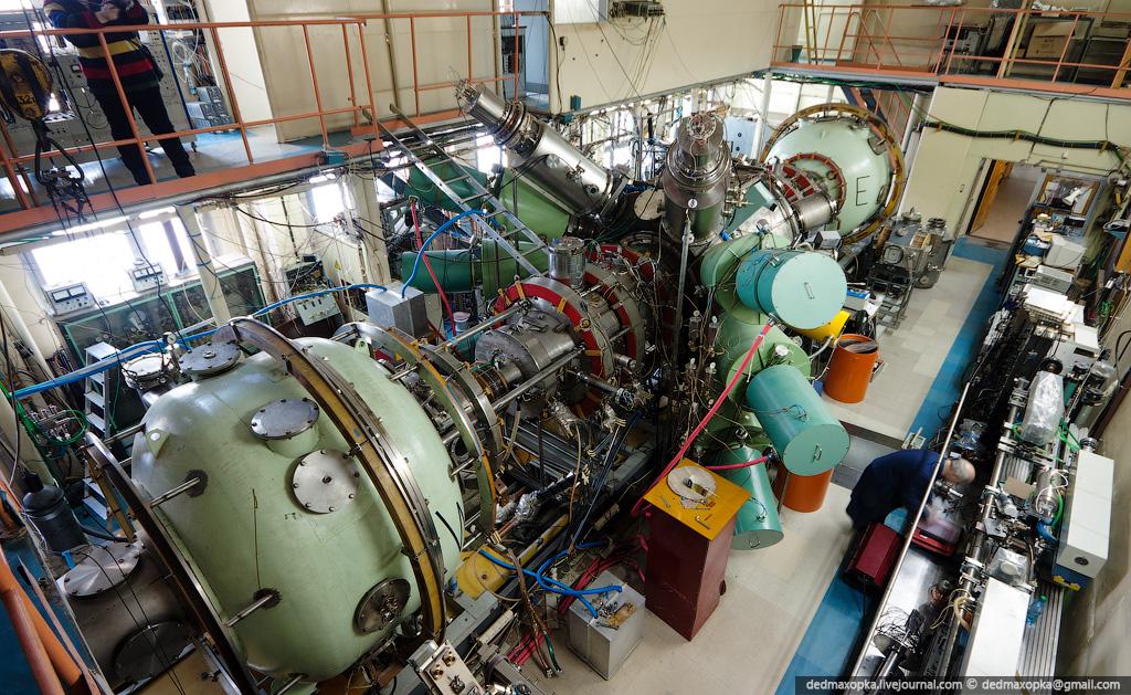 505 Институт Ядерной Физики (ИЯФ СО РАН)