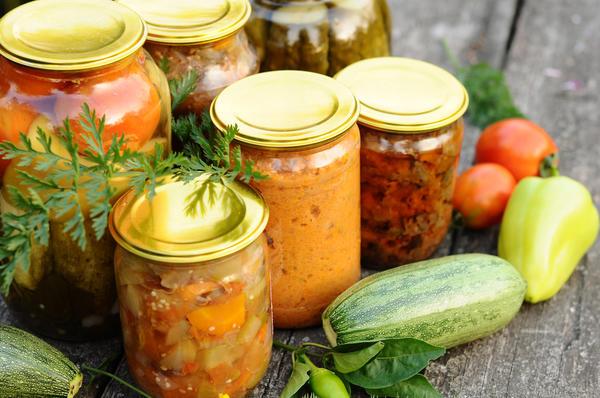 15 рецептов салатов из кабач…
