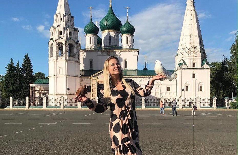 Экс-солистка группы «Блестящие» побывала в Ярославле