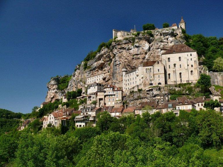 Рокамадур - вертикальная деревня во Франции