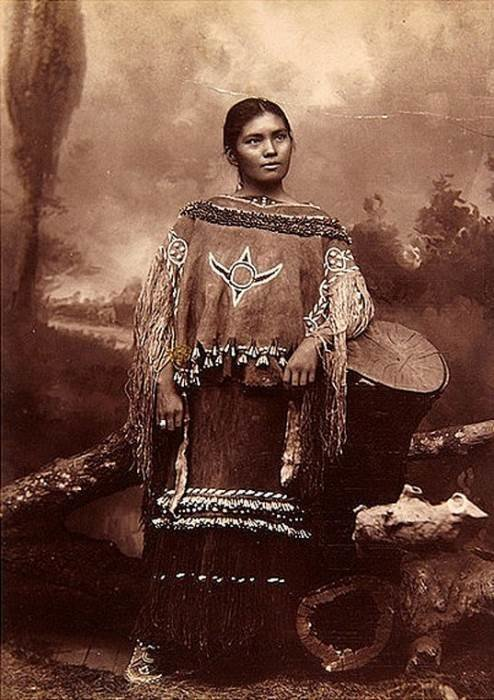 Девушка Апачи, 1902 женщины, индейцы, красота, племена, прерии