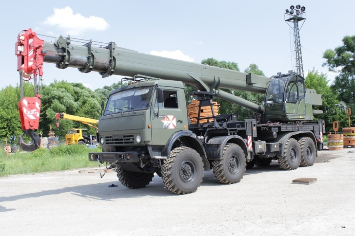 В Приамурское железнодорожное соединение ВВО поступили новейшие военные краны