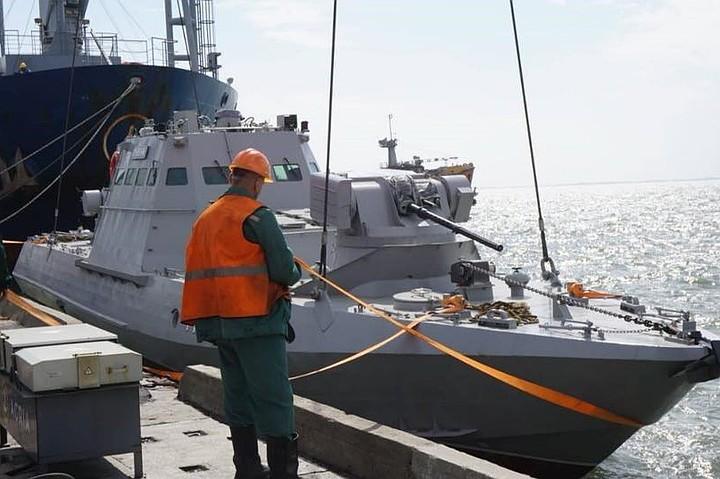 Украина сообщила о переброске войск к Азовскому морю