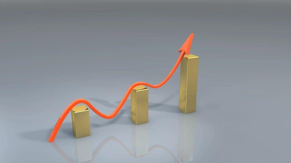 Правительство повысит пенсии до двух прожиточных минимумов