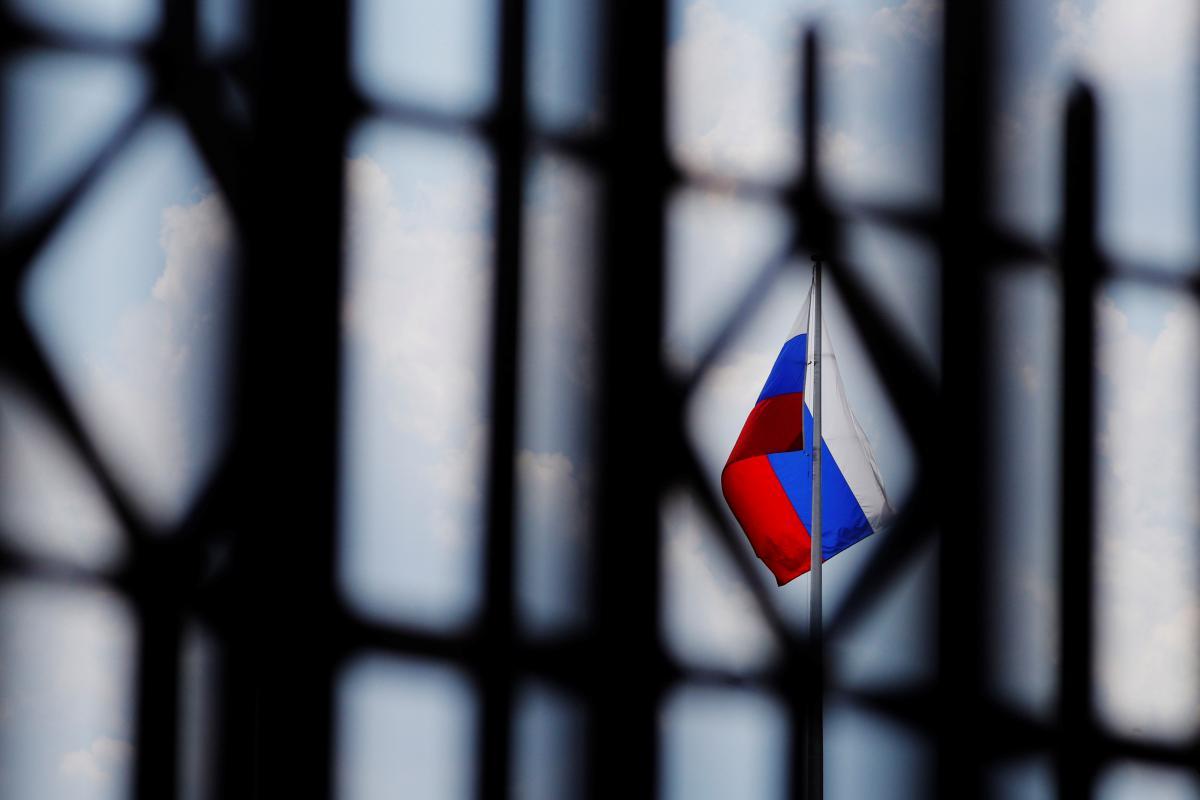 Россия должна сказать «спасибо» за американские санкции