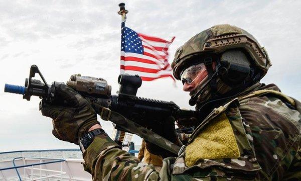 """Асад и армия """"взяли в кольцо"""" американскую базу в Сирии"""