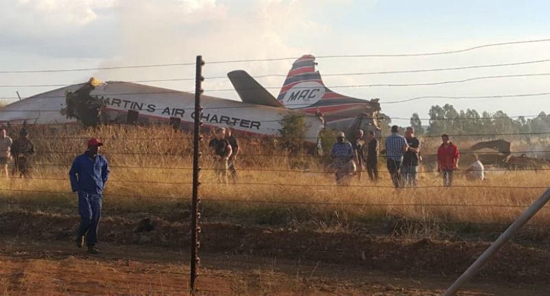 Пассажир терпящего крушение самолета снял катастрофу от возгорания двигателя до падения