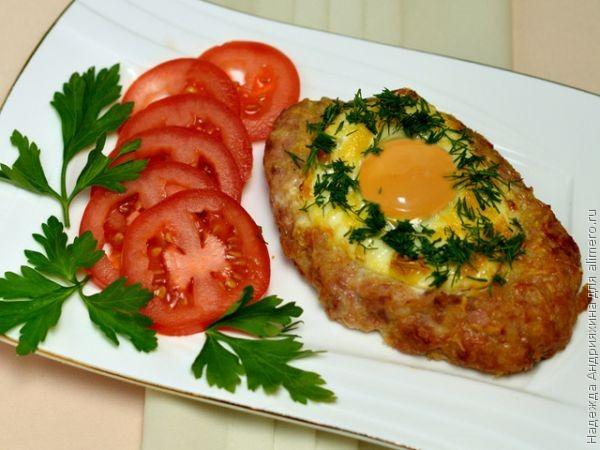 Рецепт бифштекса с яйцом в духовке с фото