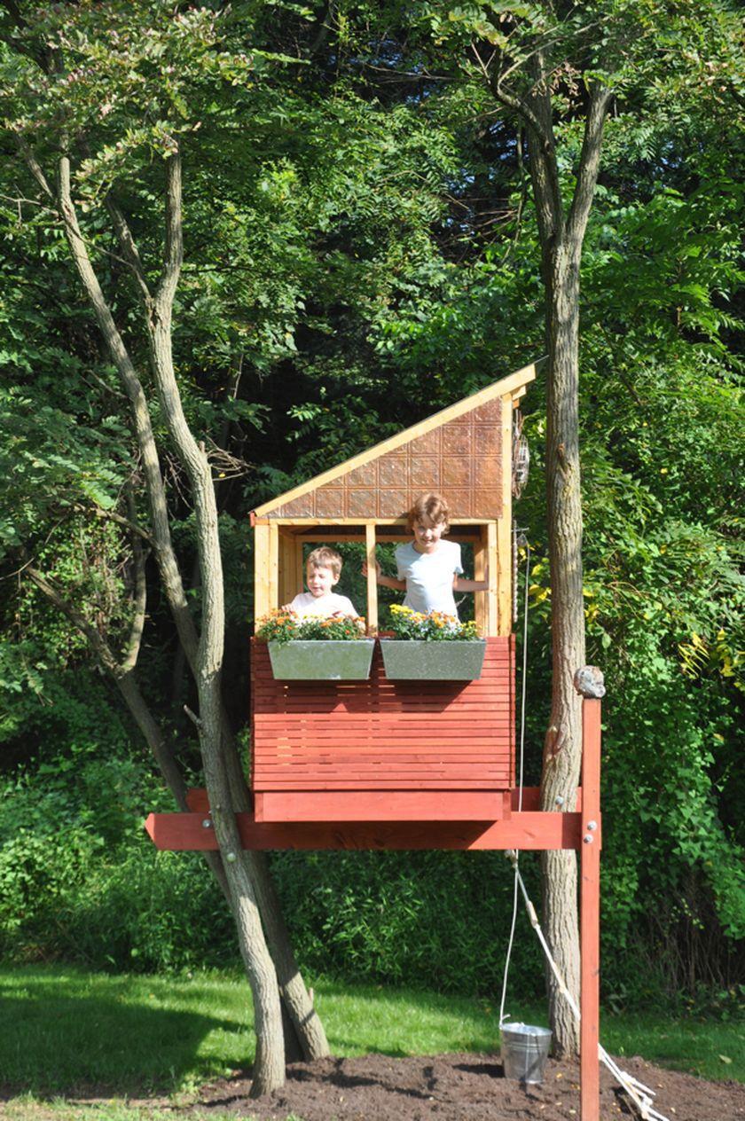 Как построить домик на дереве своими руками фото