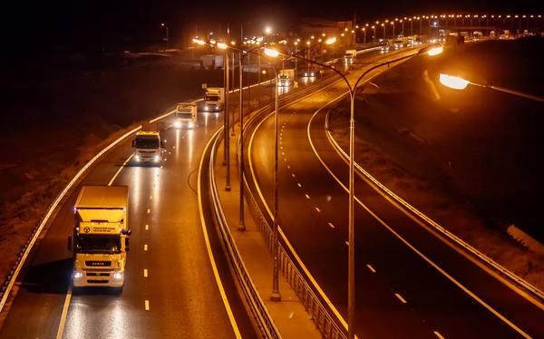 Начало перевозок опасных грузов по Крымскому мосту не за горами