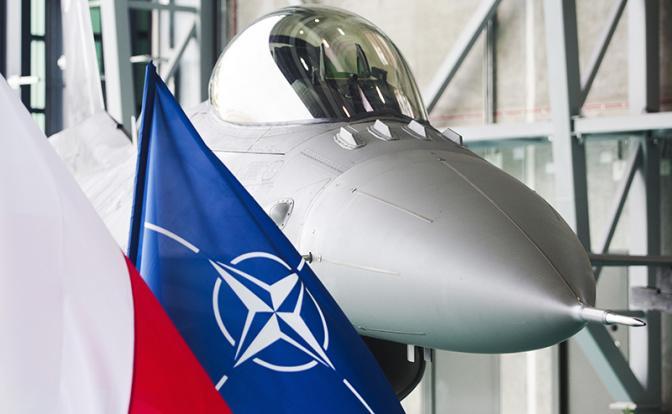 Пентагон: 100 наших асов рвутся в бой с русскими