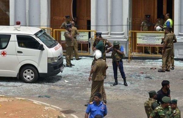 СМИ назвали первую версию терактов на Шри-Ланке