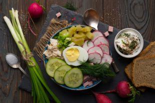 С водорослями и печеным картофелем. 8 освежающих вариантов окрошки