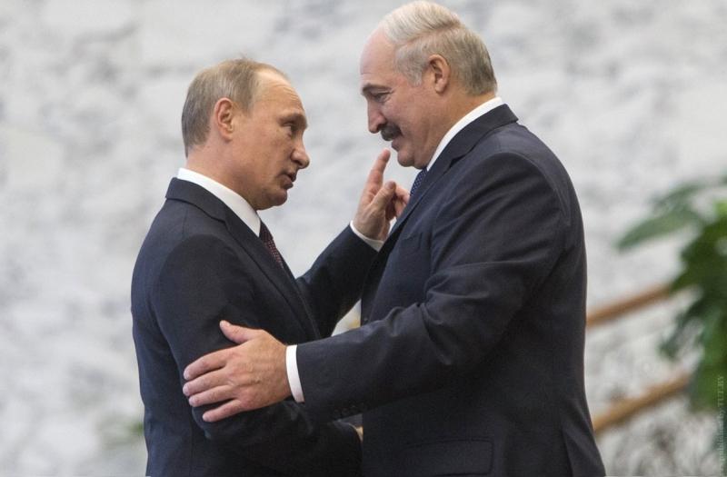 """""""Будем просить Господа о НАТО для Украины"""". Лукашенко рассказал о чем сообщил Путину"""