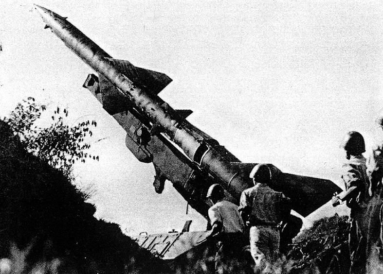 Как наши ЗРК С-75 во Вьетнам…