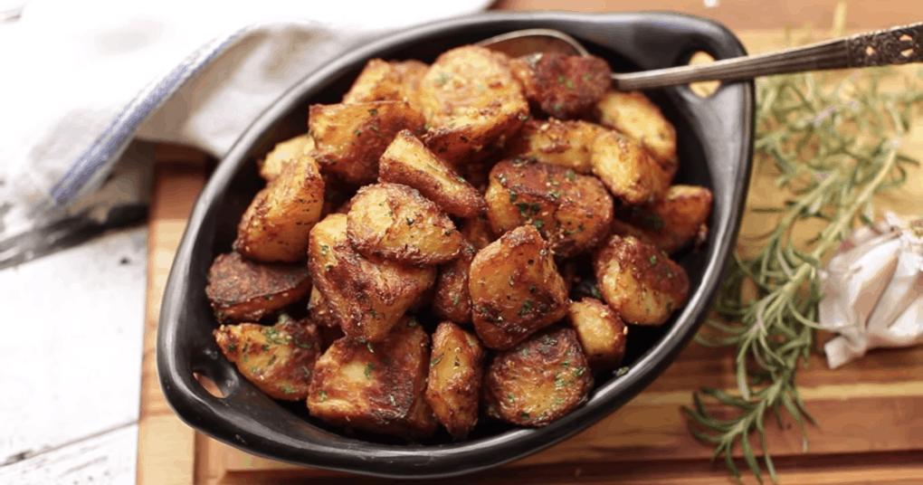 Хрустящий и аппетитный запеченный картофель, который вы захотите попробовать