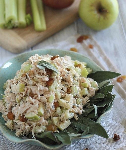 Легкий салат из куриного мяс…